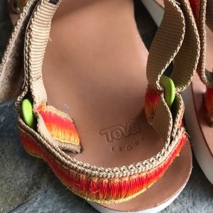 Teva Shoes - 🍊Teva ombre sandals